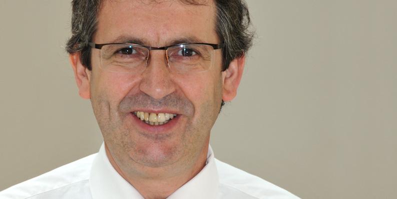 Portrait Prof. Dr. Stefan Zimmer