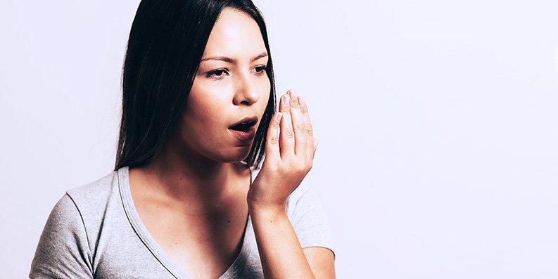 Zungenbelag – Mundgeruch ... schon gewusst?