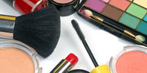 Verschiedene Kosmetikartikel