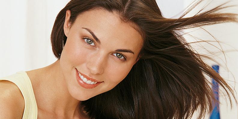 Haarpflege – Wozu braucht es Tenside?