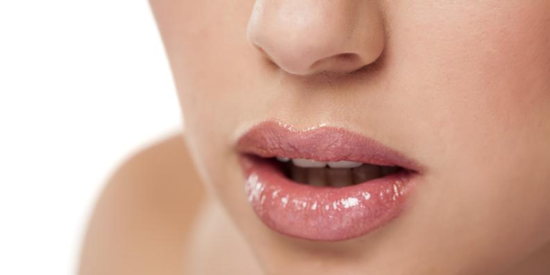 Konturen zeichnen – der Lippenrand als Grenzlinie