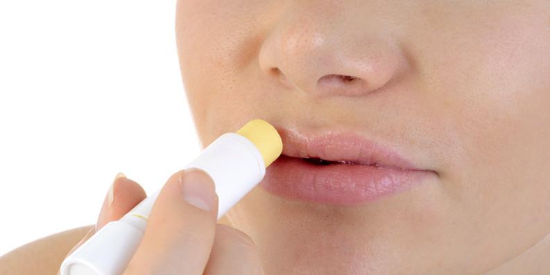 Trockene Lippen – auch bei Mund-Nase-Bedeckung ... schon gewusst?